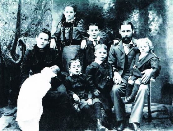 Delahoy family